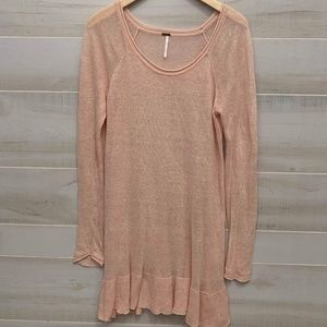 {M} Free People Coral Ruffle Hem Tunic Sweater